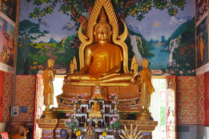 Samui: Wat Plai Laem, the Guan Yin and the Hotei