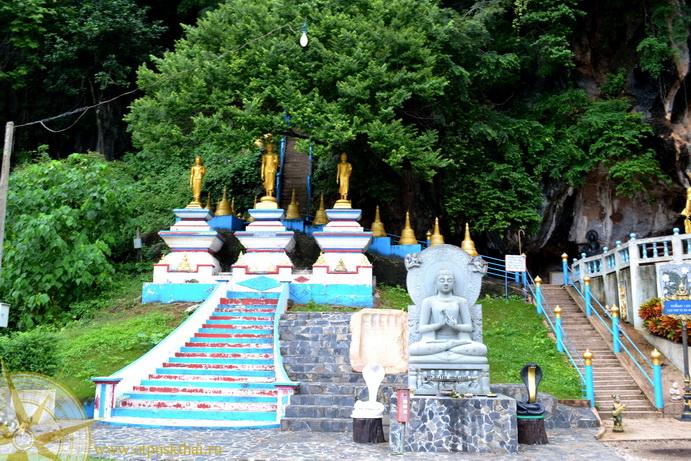 Тайские храмы на Краби