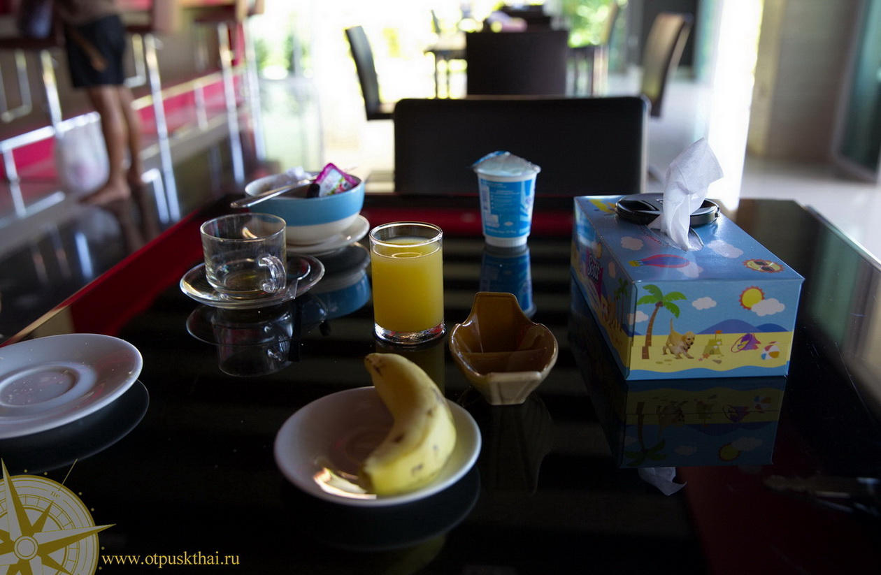 Завтраки включены на Ко Ланте