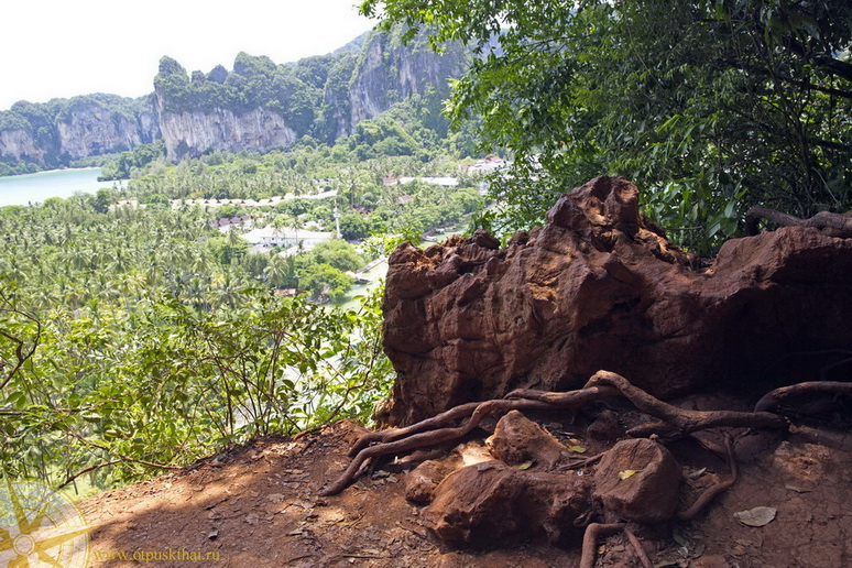 Beach of the Railay (Krabi), a way on Lake of the Princess
