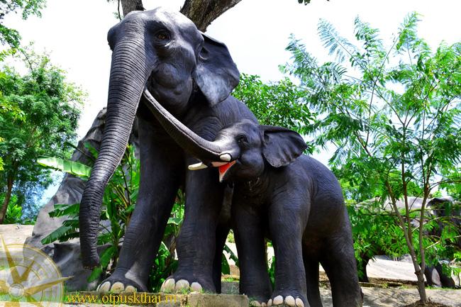 Белый храм. Слоны